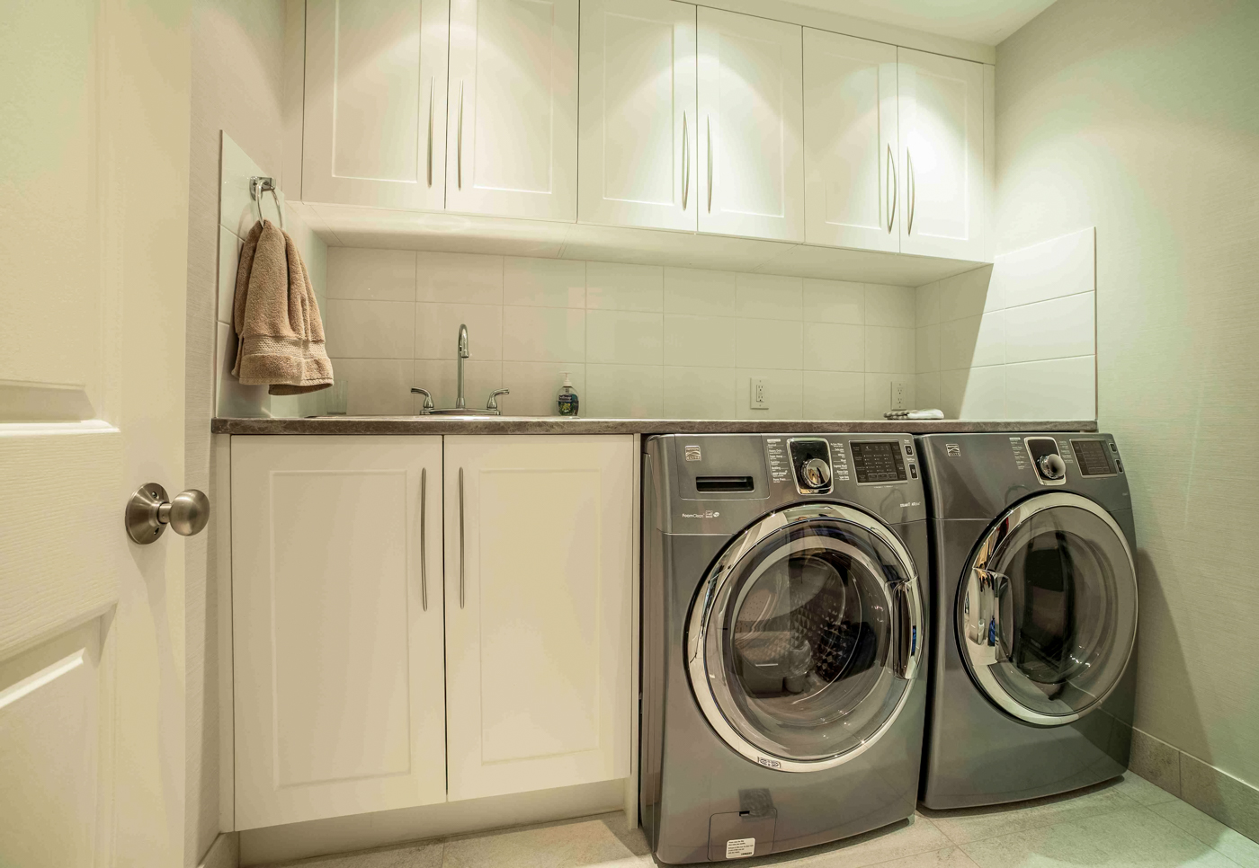 laundry room renovation - canadian home renovations metro vancouver